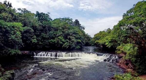 Riam Barangek, Desa Pisak